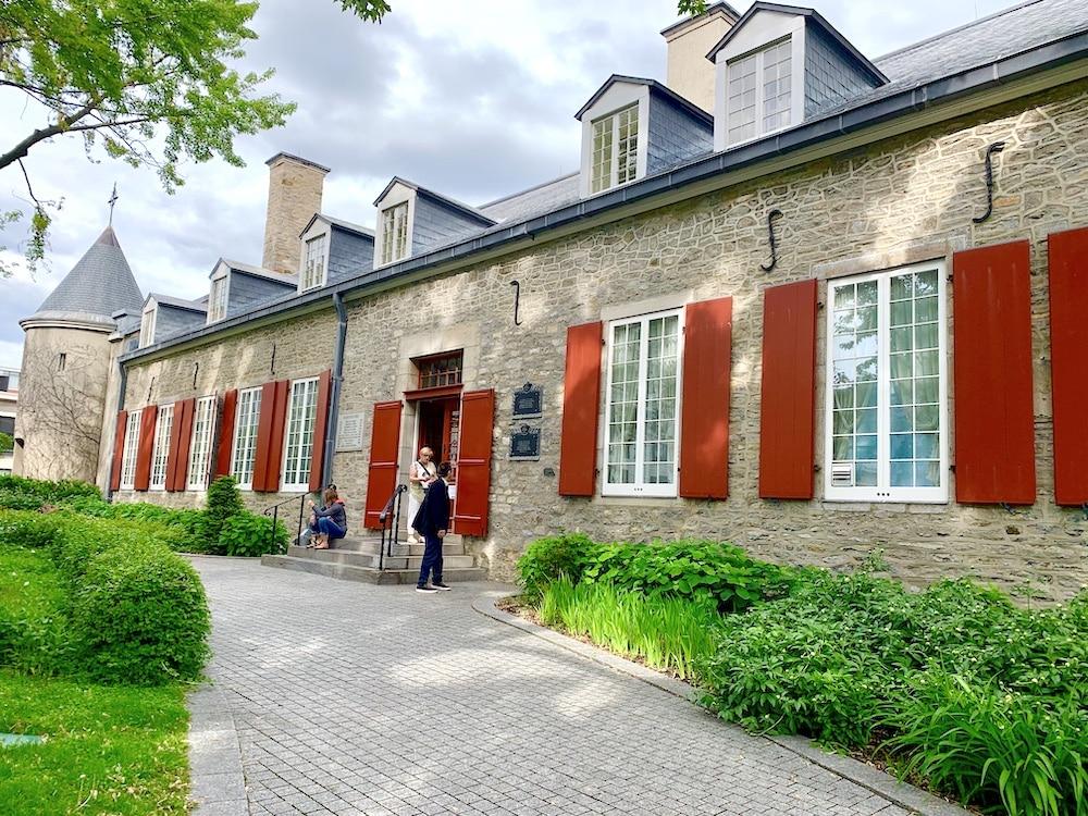 Le Château Ramezay: l'histoire de Montréal en 2 heures