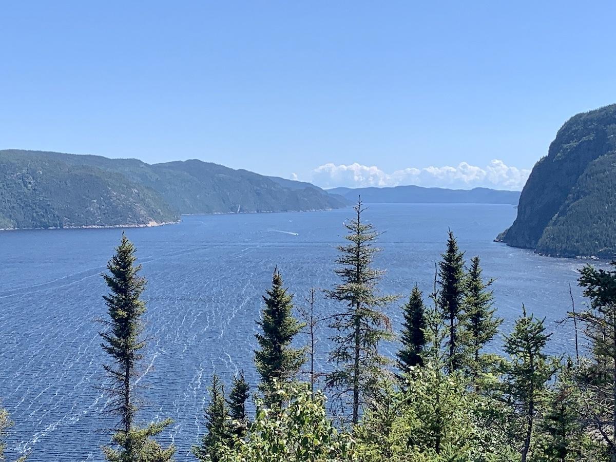Read more about the article Vue panoramique du sentier de la Statue au Saguenay