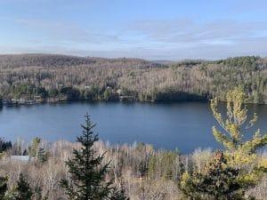 Vue sur le lac Morgan LM Le Québec