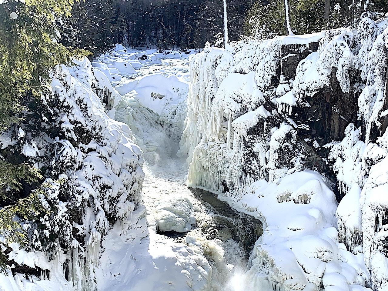 Parc des Chutes Dorwin en hiver et en photos