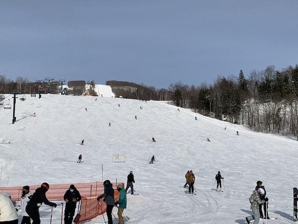Arrivee des pistes de ski au Mont Tremblant LM Le Québec