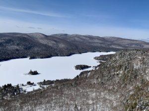 Le parc national du Mont-Tremblant en hiver