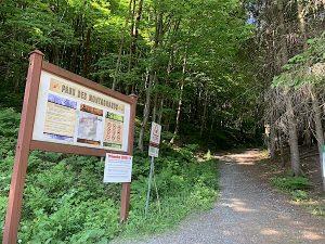 Entree au Parc des Montagnards LM Le Québec