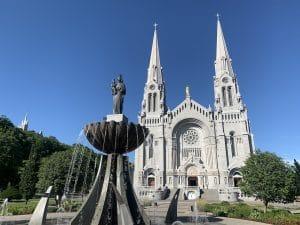 Read more about the article Le Sanctuaire de Sainte-Anne-de-Beaupré