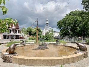 Fontaine de Wendake LM Le Québec