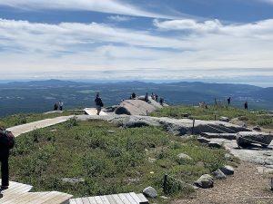 Sommet du Mont du Lac des Cygnes LM Le Québec