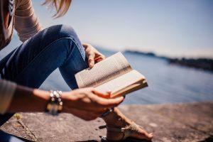 Read more about the article Une invitation au voyage : 3 livres indispensables