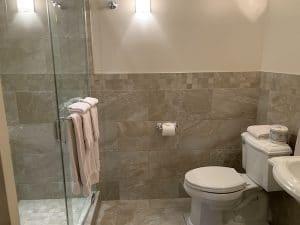 Salle de bains de lauberge la belle epoque LM Le Québec